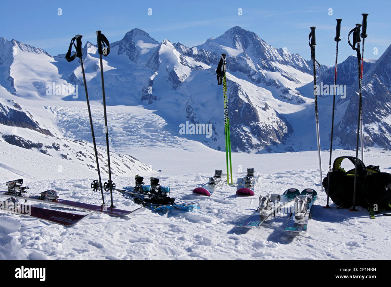 Ski gear with a glacier in the background - Stock Image