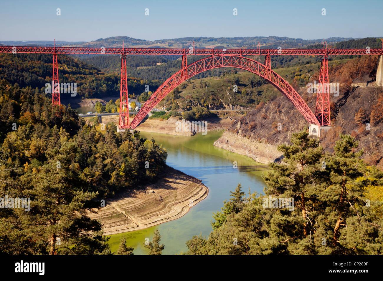 The Garabit Viaduct, designed by Gustave Eiffel, spans the River Truyere at Garabit, Auvergne, France. - Stock Image