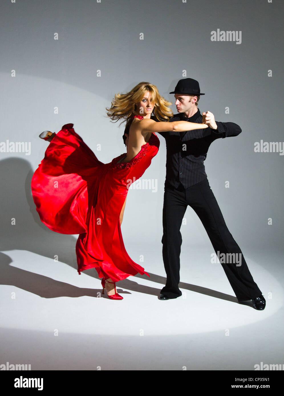 Swing Dance Class Stock Photos Images Alamy Go Back Gt Gallery For Merengue Steps Diagram Ballroom Dancers Studio Dynamic Amazingburn The Floor