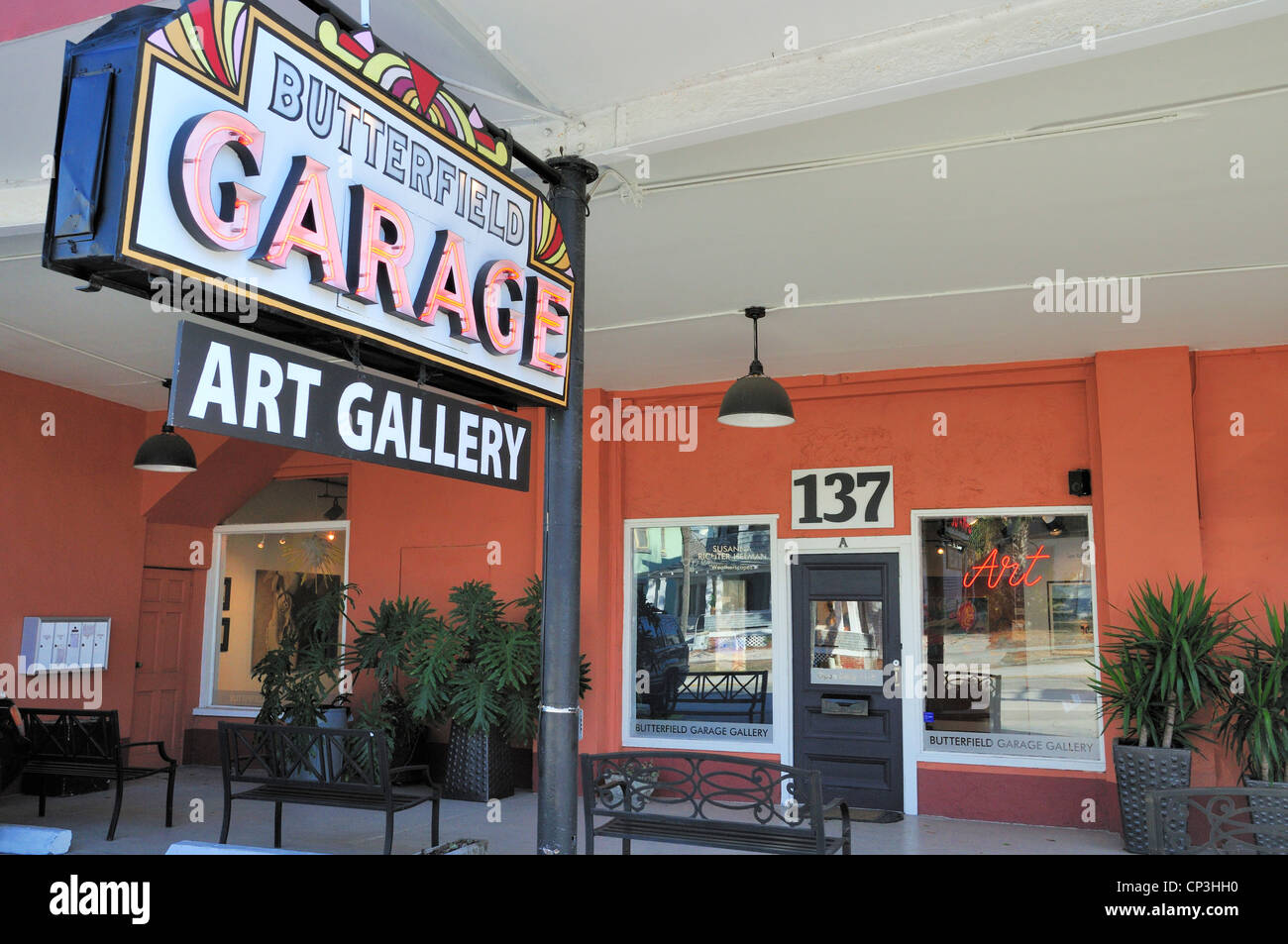 Butterfield Garage, a St. Augustine art gallery since 1999, features the work of local artists - Stock Image