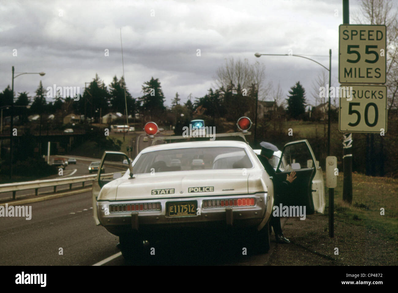 Oregon State Police stops a driver who exceeded the new 55 MPH Stock