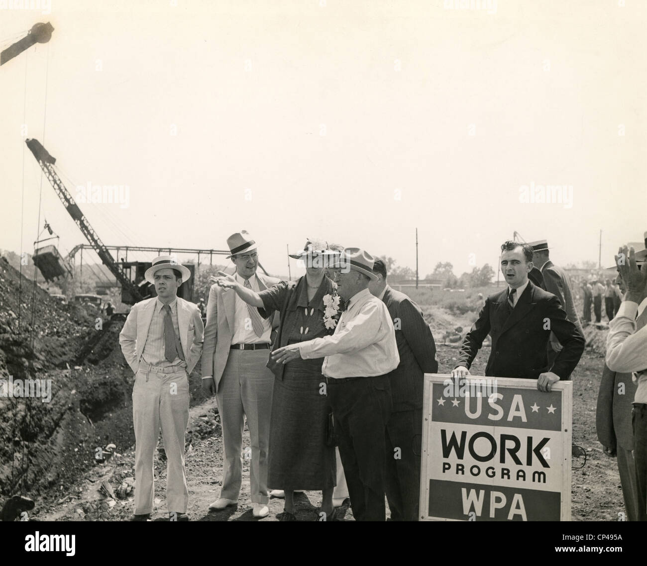 Eleanor Roosevelt at a WPA site in Des Moines Iowa. She visits a WPA Works Progress Administration project to convert - Stock Image