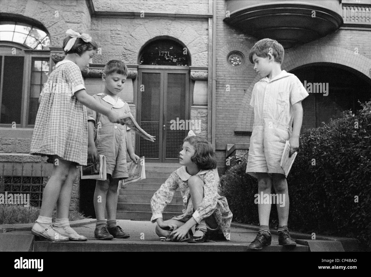 Children from prosperous families in Washington, D.C. during the Great Depression. Nov. 1935 photo by Carl Mydans. - Stock Image