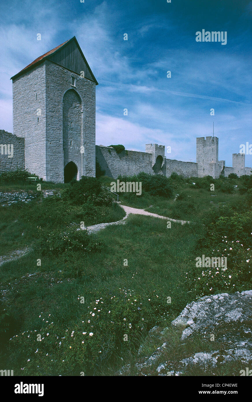 Sweden - Gotland island - Visby, defensive walls (a World Heritage Site by UNESCO, 1995) - Stock Image