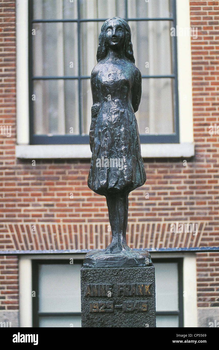Netherlands - Amsterdam. Monument in front of the Anne Frank house in Prinsengracht 263. - Stock Image