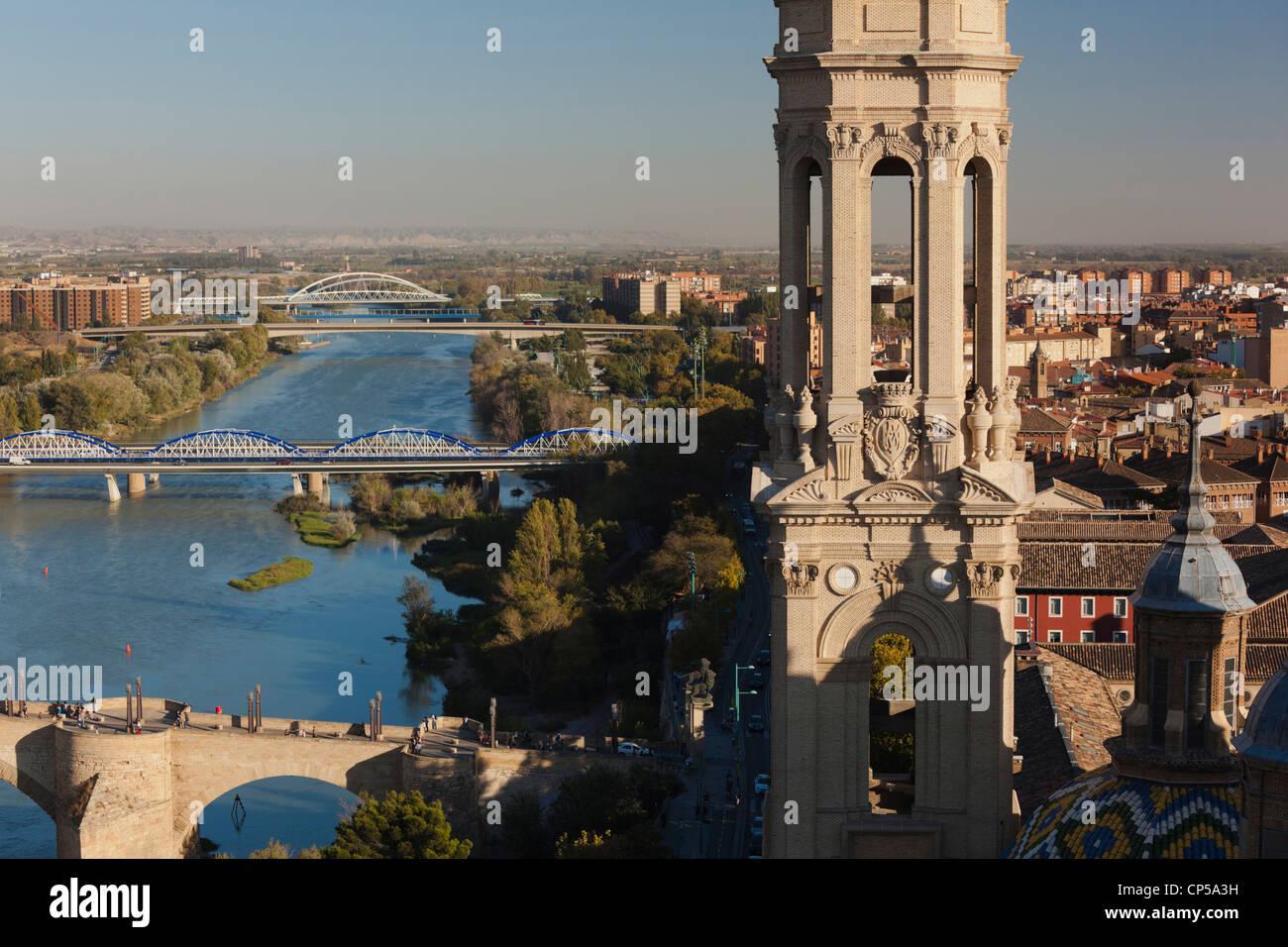 Spain, Zaragoza Province, Zaragoza, Basilica de Nuestra Senora del Pilar, elevated view from the Torre Pilar tower - Stock Image