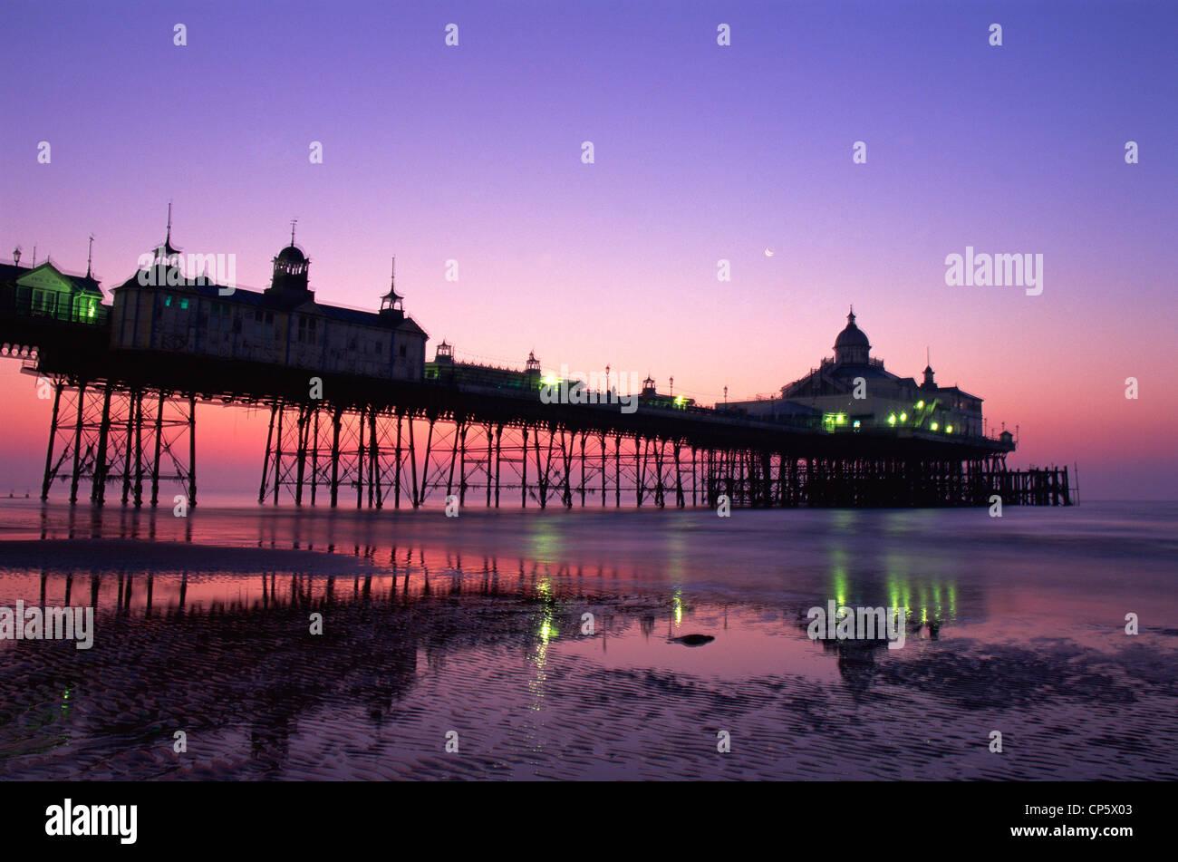 England, Sussex, Eastbourne, Eastbourne Pier - Stock Image