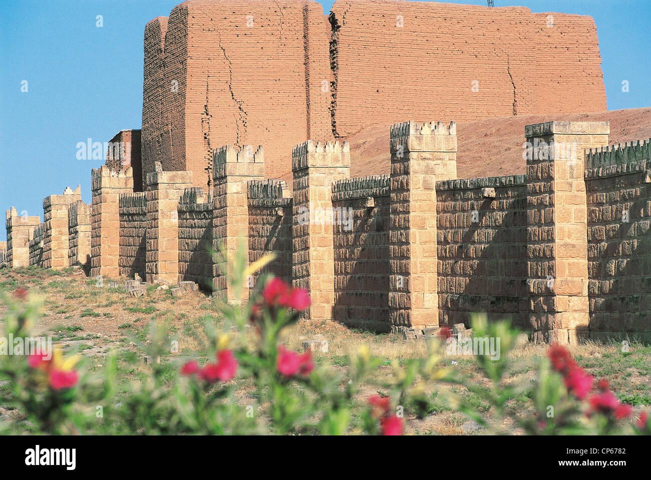 Iraq - Around Mosul. Nineveh, the walls, door Adad. - Stock Image