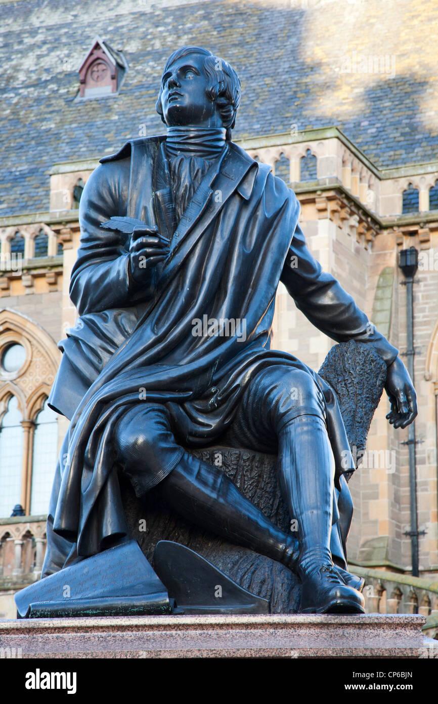Robert Burns Statue in Albert Square Dundee Scotland - Stock Image