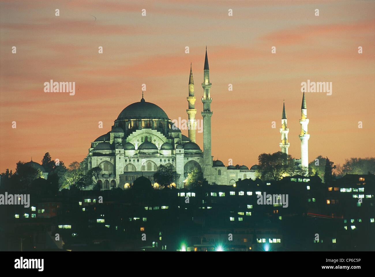TURKEY Istanbul Suleymaniye Mosque 1550-57 SUNSET - Stock Image