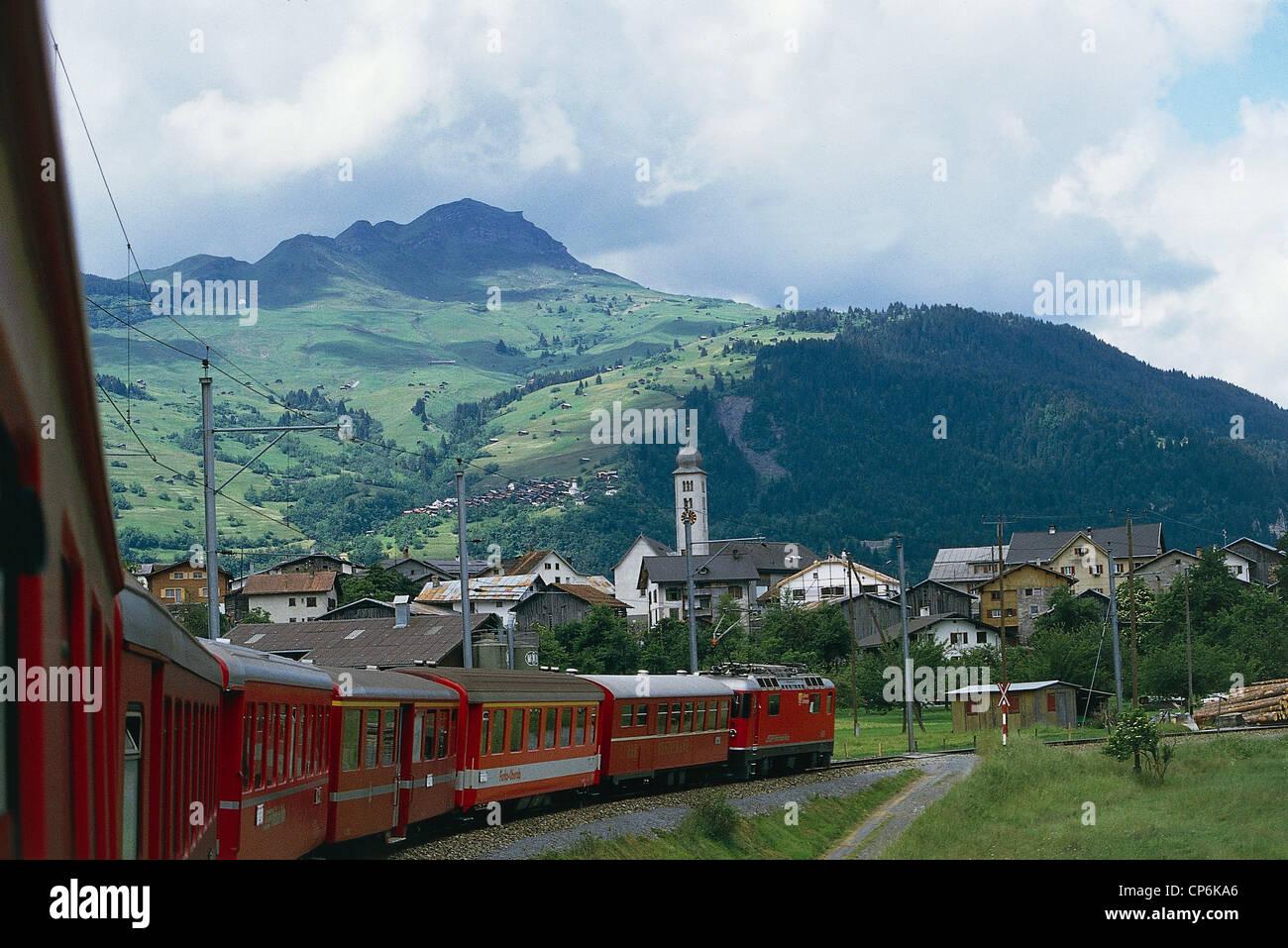 Switzerland Glacier Express train line, little red Rhaetian Railway linking Zermatt (Valais-canton of Valais) with - Stock Image