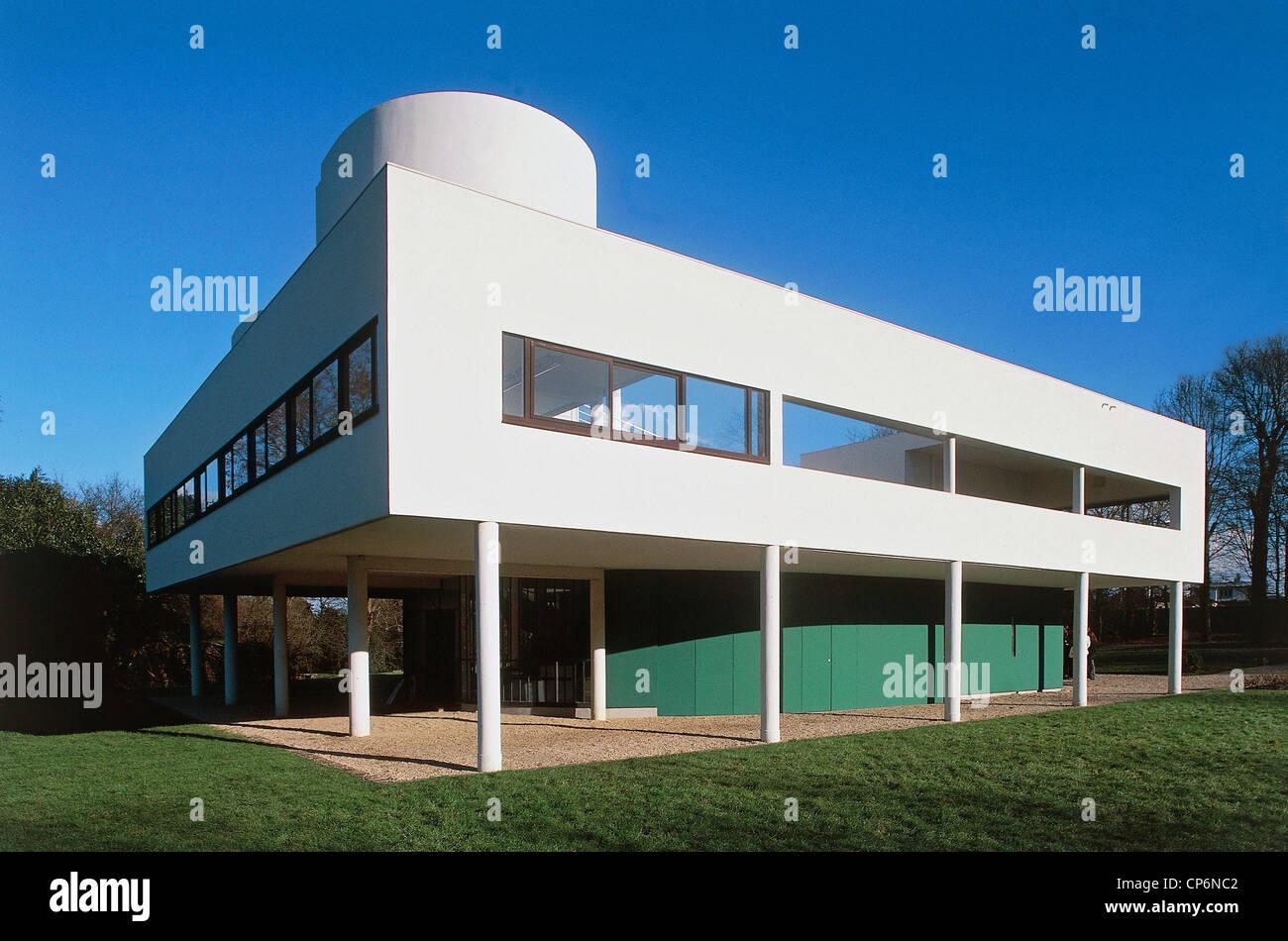 Villa Savoye Architect Le Corbusier Stock Photos & Villa Savoye ...