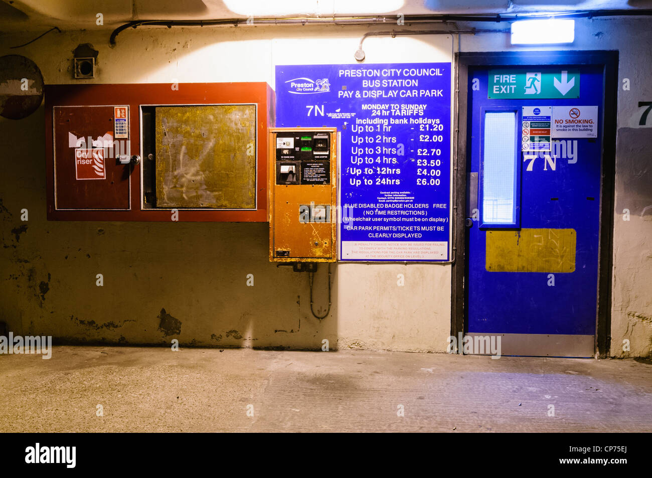 Pay station in Preston Bus Station car park - Stock Image