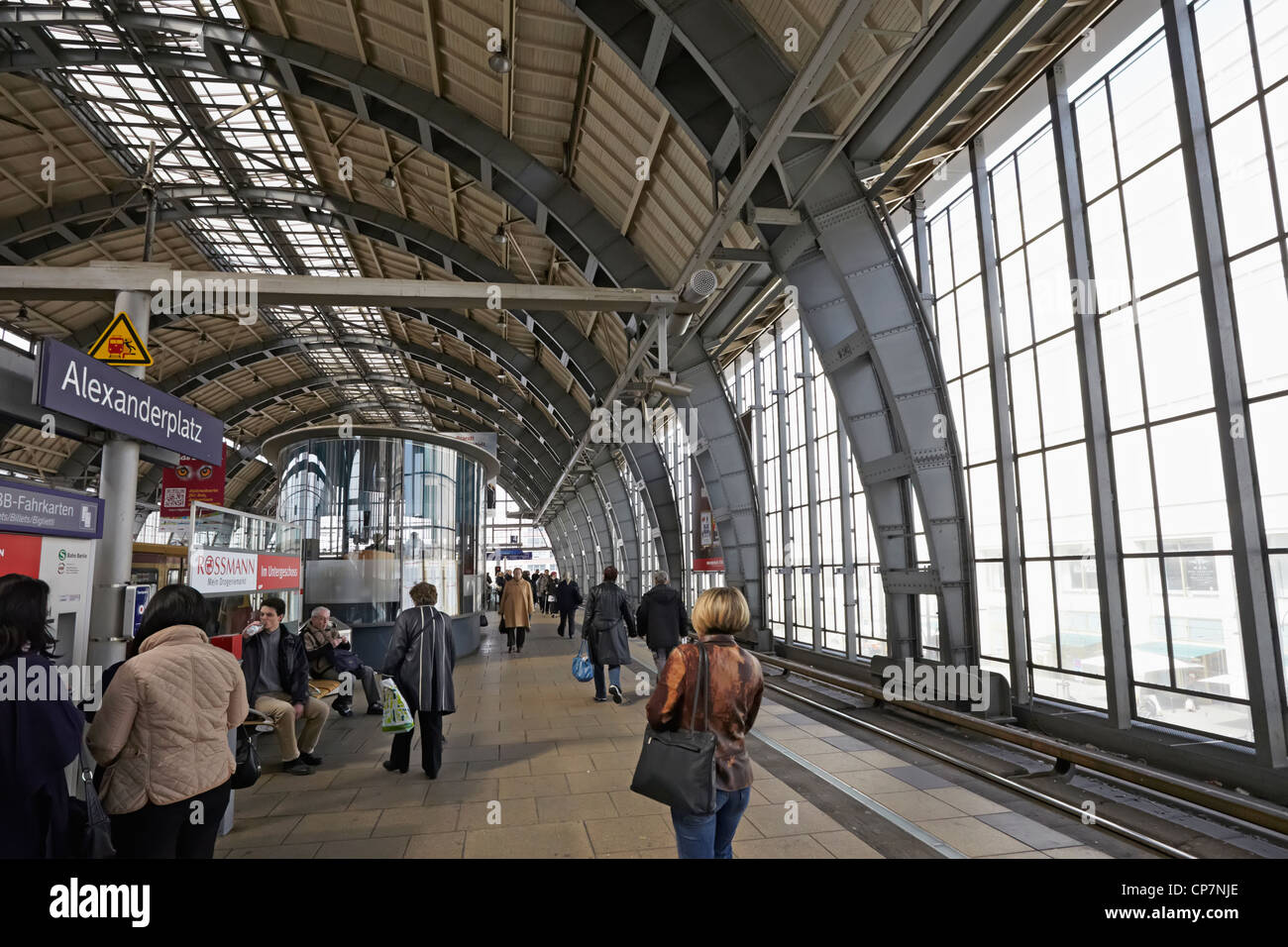 S Bahn Station High Resolution Stock Photography And Images Alamy