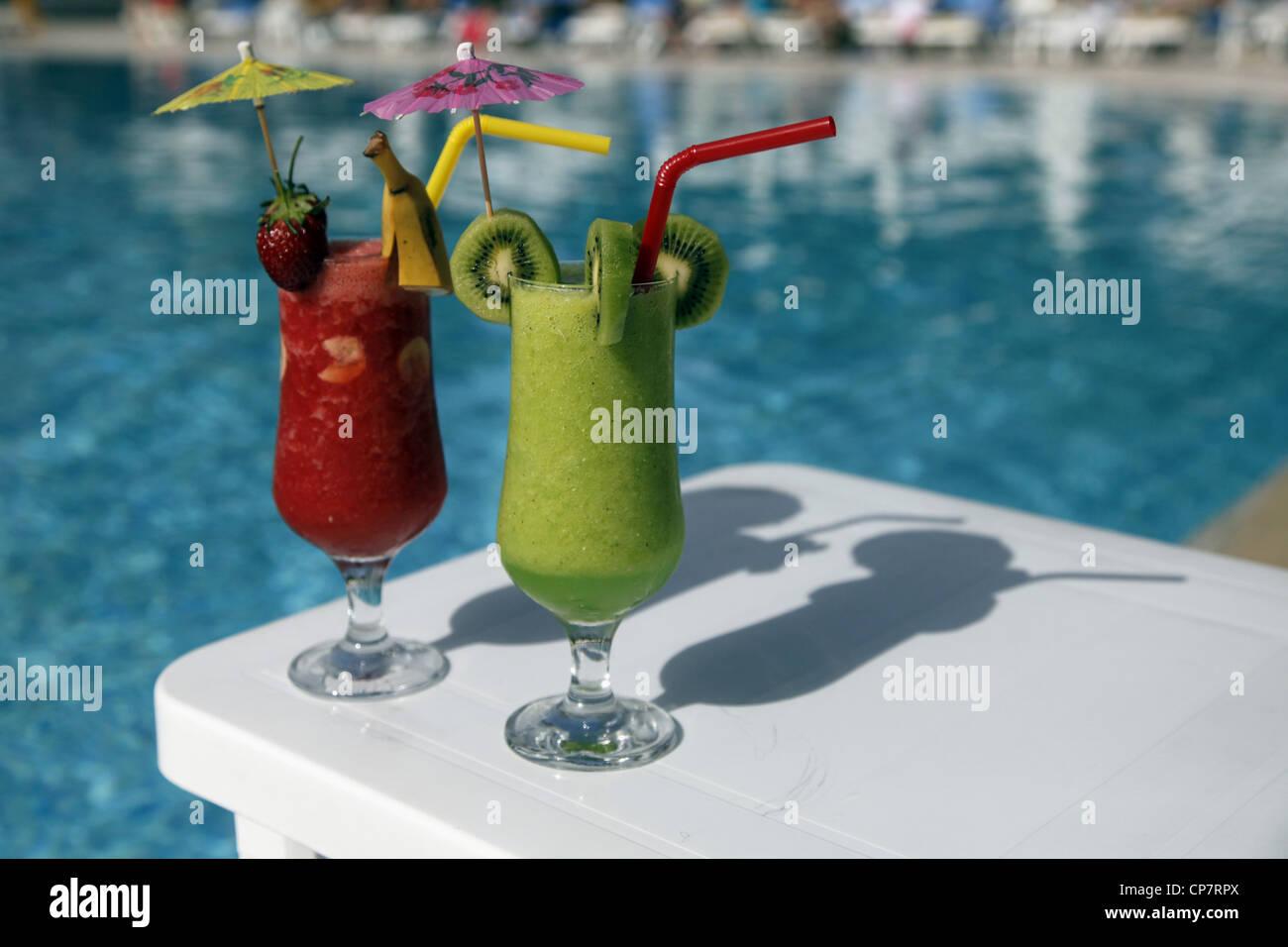 STRAWBERRY & KIWI FRUIT JUICE DRINK SIDE TURKEY 15 April 2012 - Stock Image
