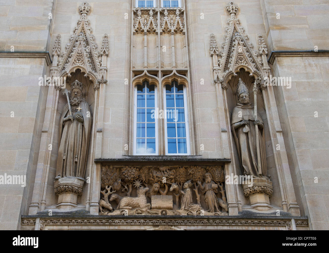 St john the baptist stone panel, Walter de Merton and Henry III stone sculpture above the entrance to Merton College, - Stock Image