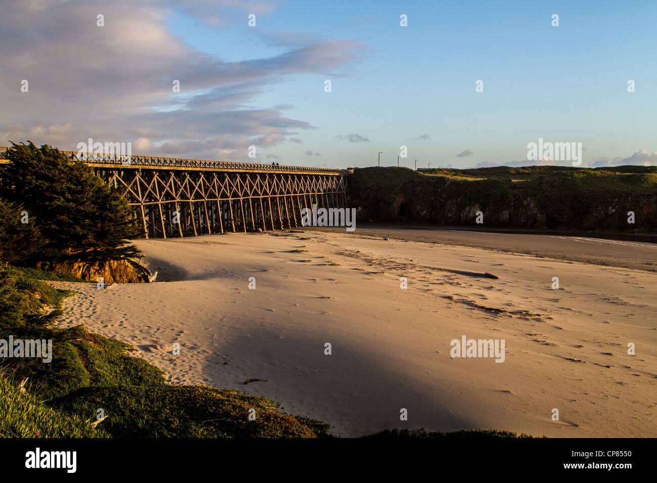 The Pudding Creek bridge in Fort Bragg California part of a Ten mile trail system in Fort Bragg California - Stock Image