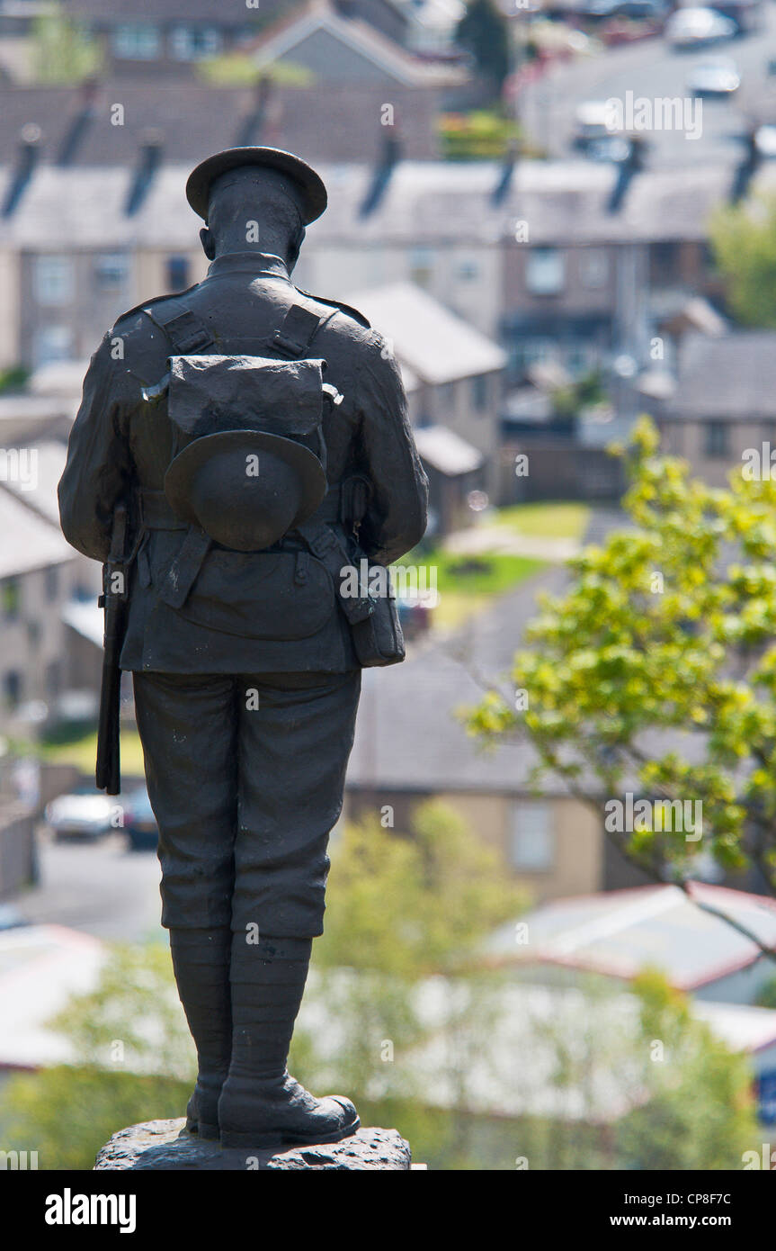 Statue on Clitheroe war memorial overlooking town, colour - Stock Image
