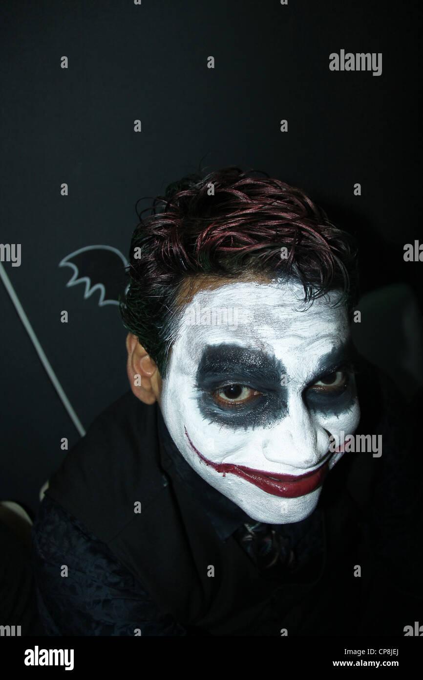 batman joker halloween makeup stock photo: 48133306 - alamy