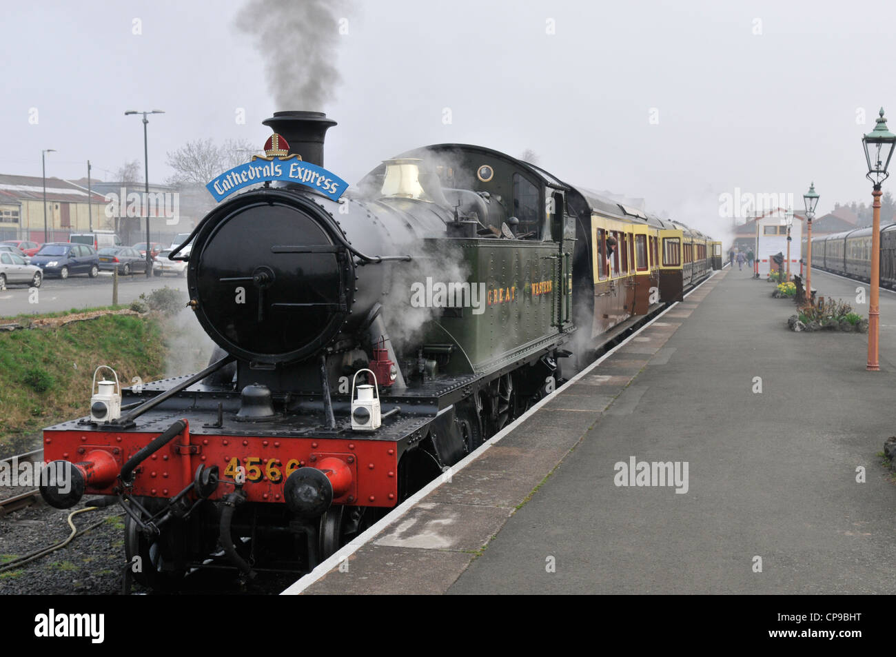 GWR prairie tank 4566 standing on Kidderminster station ready to pull the Cathedrals Express train to Highley. - Stock Image