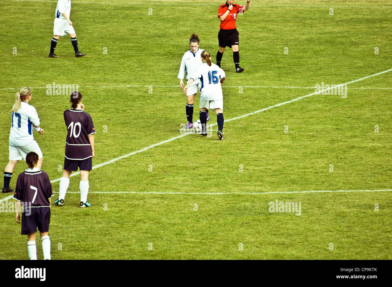 women football game, starting - Stock Image