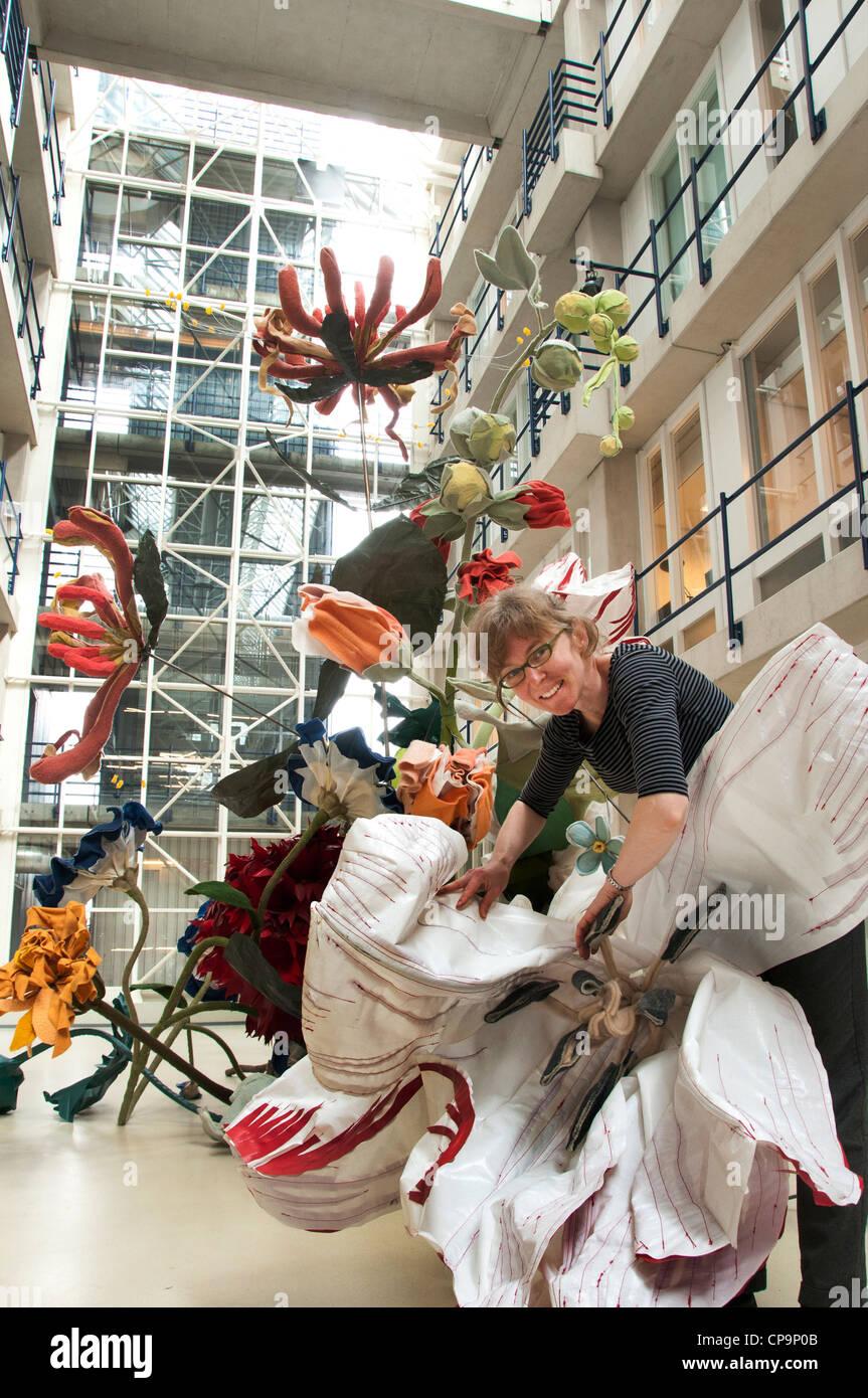 Linda Nieuwstad sculptor Dutch Netherlands - Stock Image