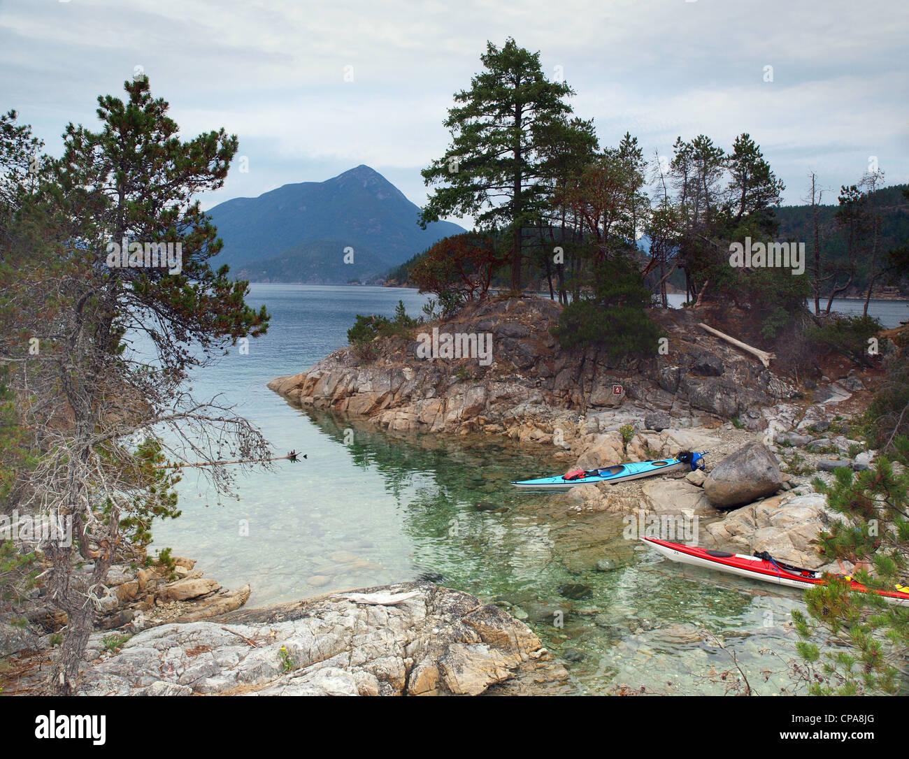 sea kayaks, The Curme Islands in Desolation Sound, British Columbia - Stock Image
