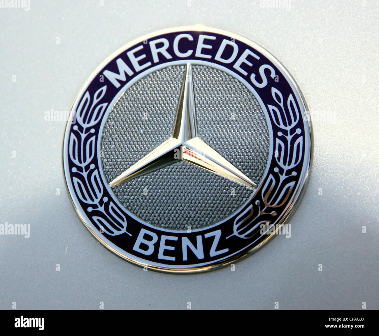Symbol Mercedes Benz Stock Photos Symbol Mercedes Benz Stock