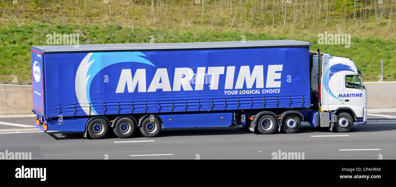 Uk Based Stock Photos Images Alamy Hgv Trailer Wiring Diagram Logistics Provider Maritime Lorry Truck And Soft Sided Articulated Curtain Driving Along
