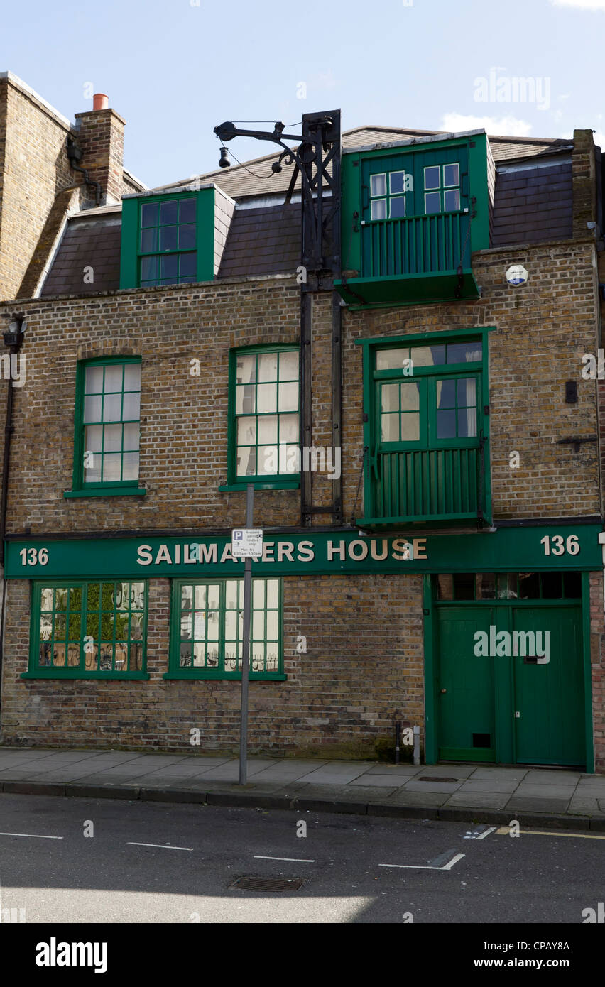 Historic Sailmakers House, 136 Narrow Street, Poplar, now converted into luxury appartments - Stock Image
