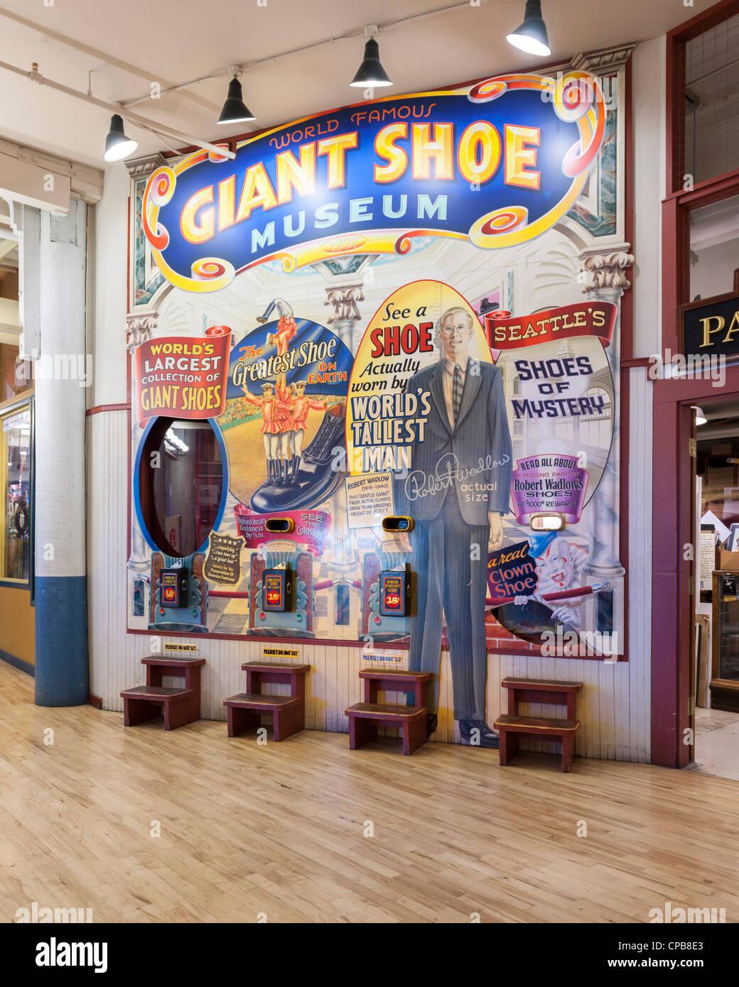 Giant Shoe Musuem Pike Place public farmers Market Seattle - Stock Image