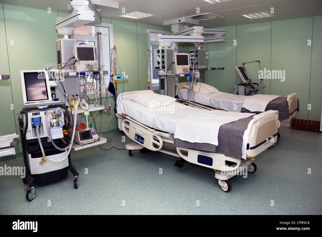 ward in hospital with modern medical facilities - Stock Image