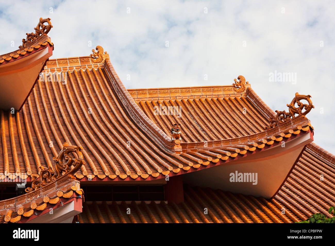 Temple roof, Kota Kinabalu - Stock Image