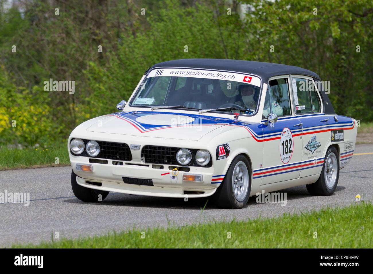 2019 Latest Design Vintage Triumph Dolomite Car Badge Car Badges