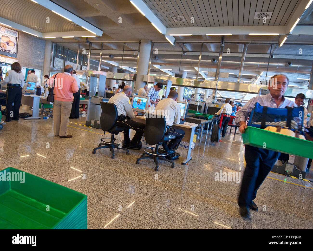 an examination of the issue of airport security Examination, in addition to the  2015 department of homeland security (dhs) appropriations act  issue multiple cbpo and border patrol job opportunity.