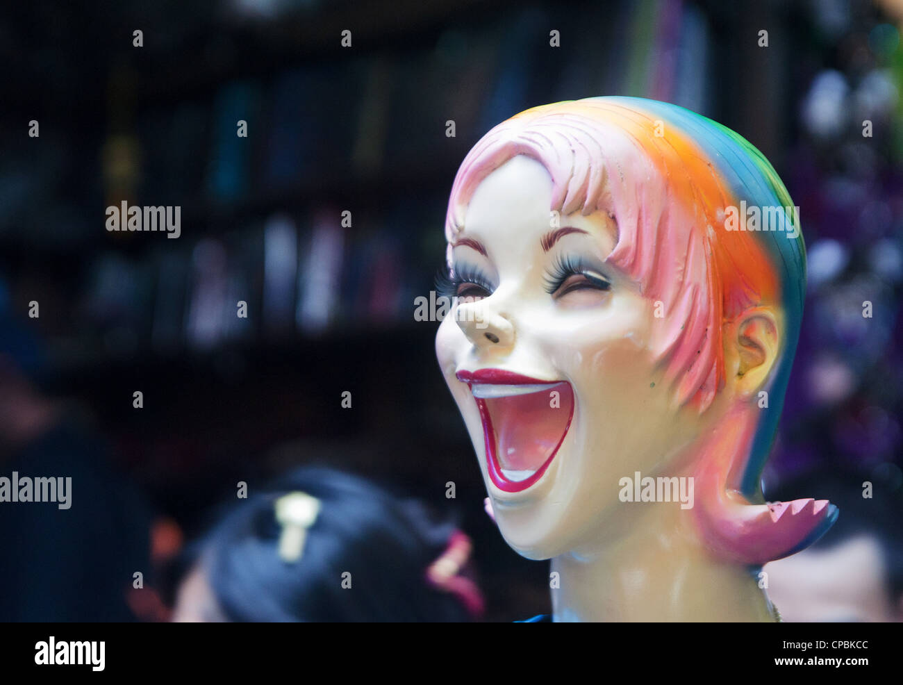 happy mannequin head with a big smile - Stock Image