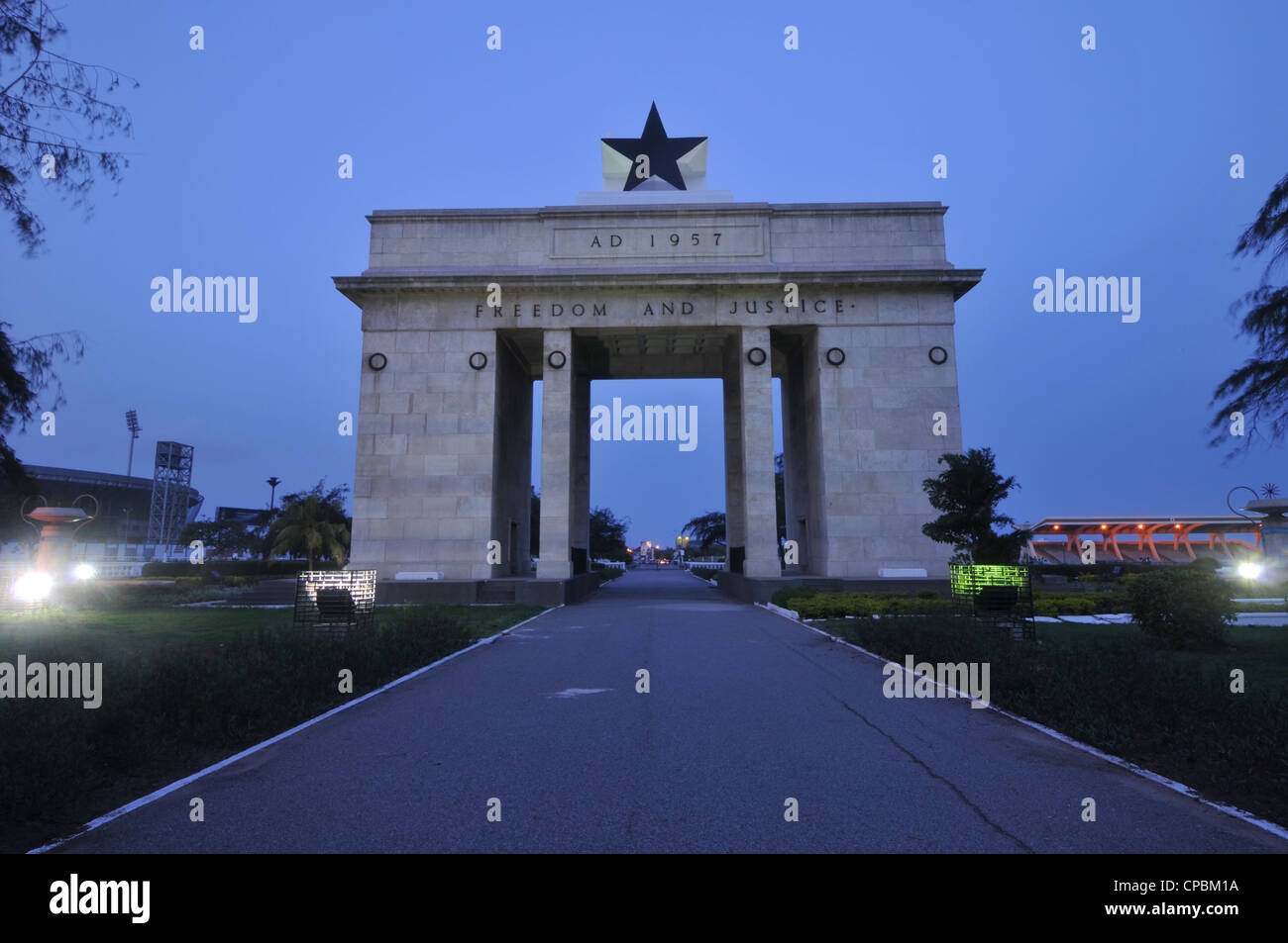 Independence Arch at Dusk, Westerly Side, Accra, Ghana - Stock Image
