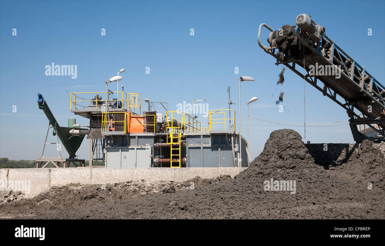 cleaning line and elevator - Stock Image
