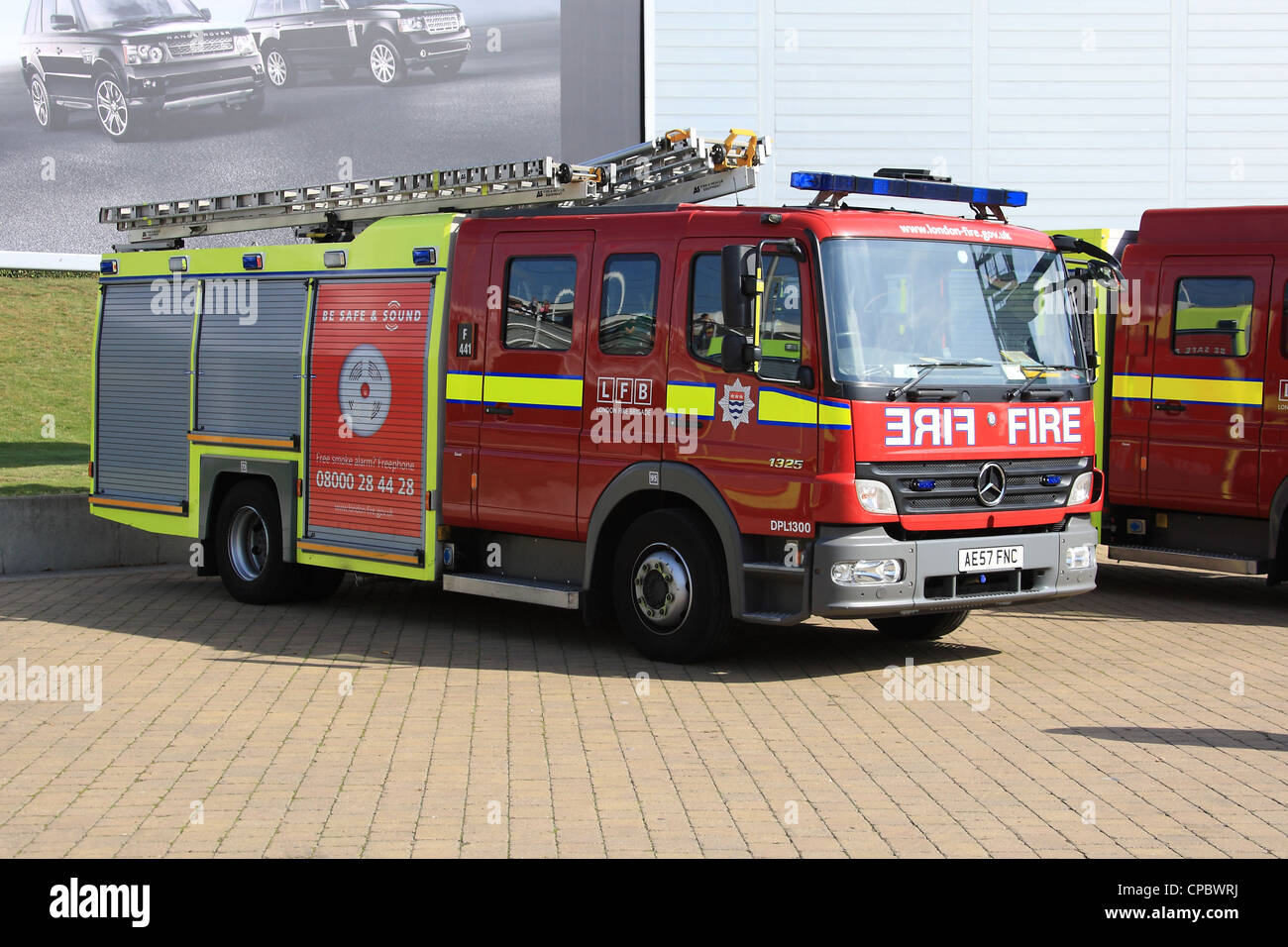 Good London Fire Brigade Asset Co Mercedes 1325 Atego Fire Engine   Stock Image