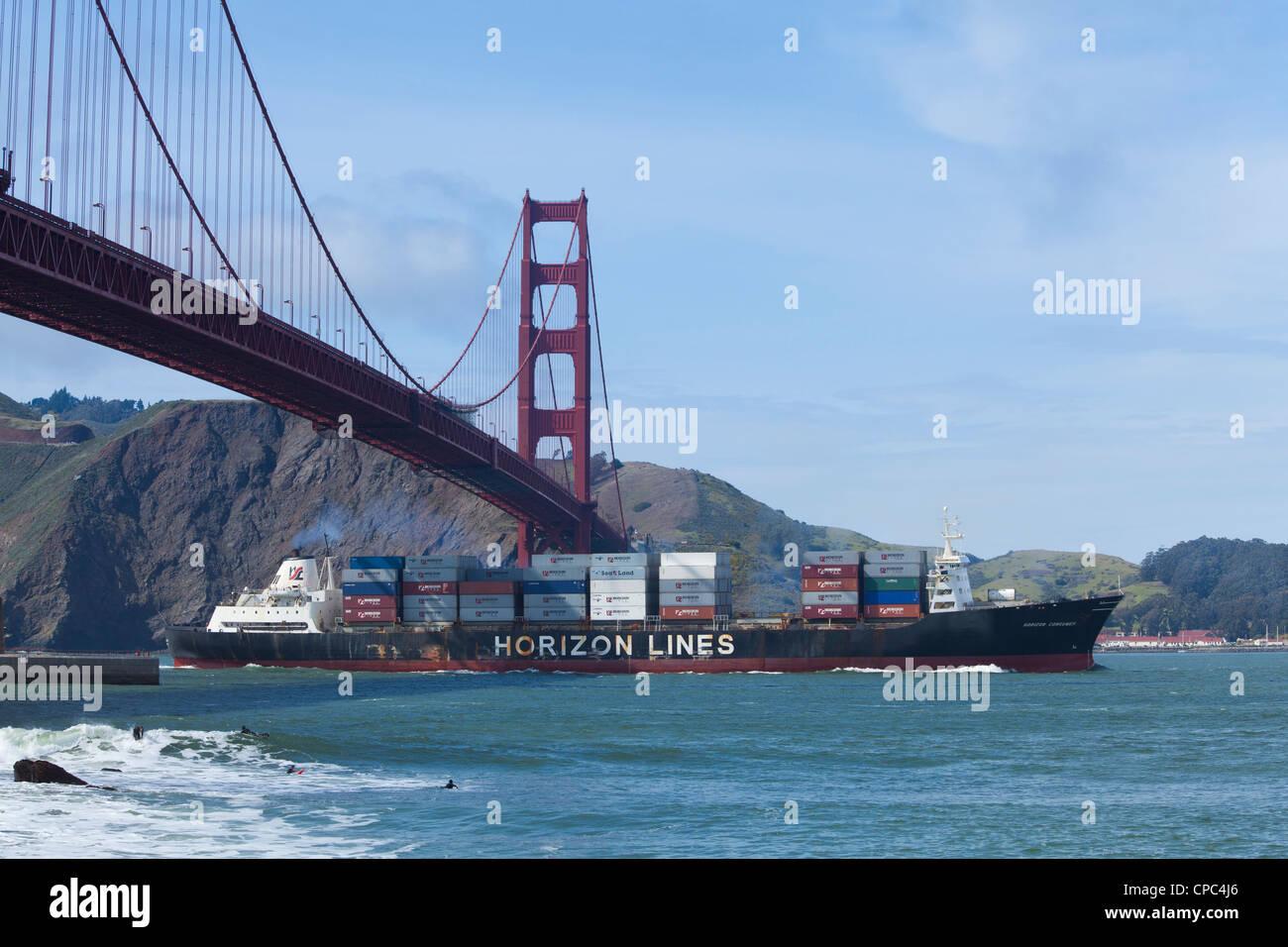 A Horizon Lines cargo ship entering the San Francisco bay - Stock Image