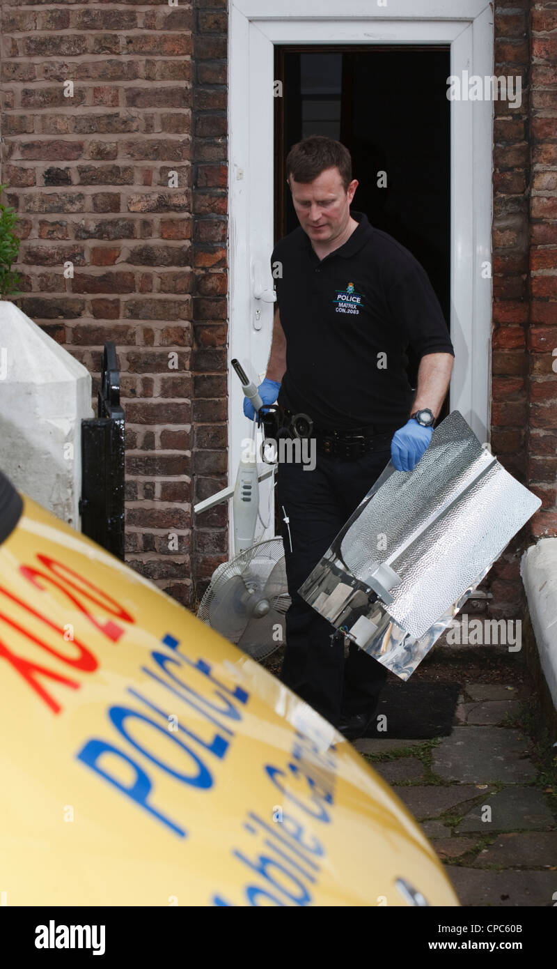 Merseyside Police, Matrix drugs team_ Vehicles and Evidence at Property in Liverpool, Merseyside, UK - Stock Image
