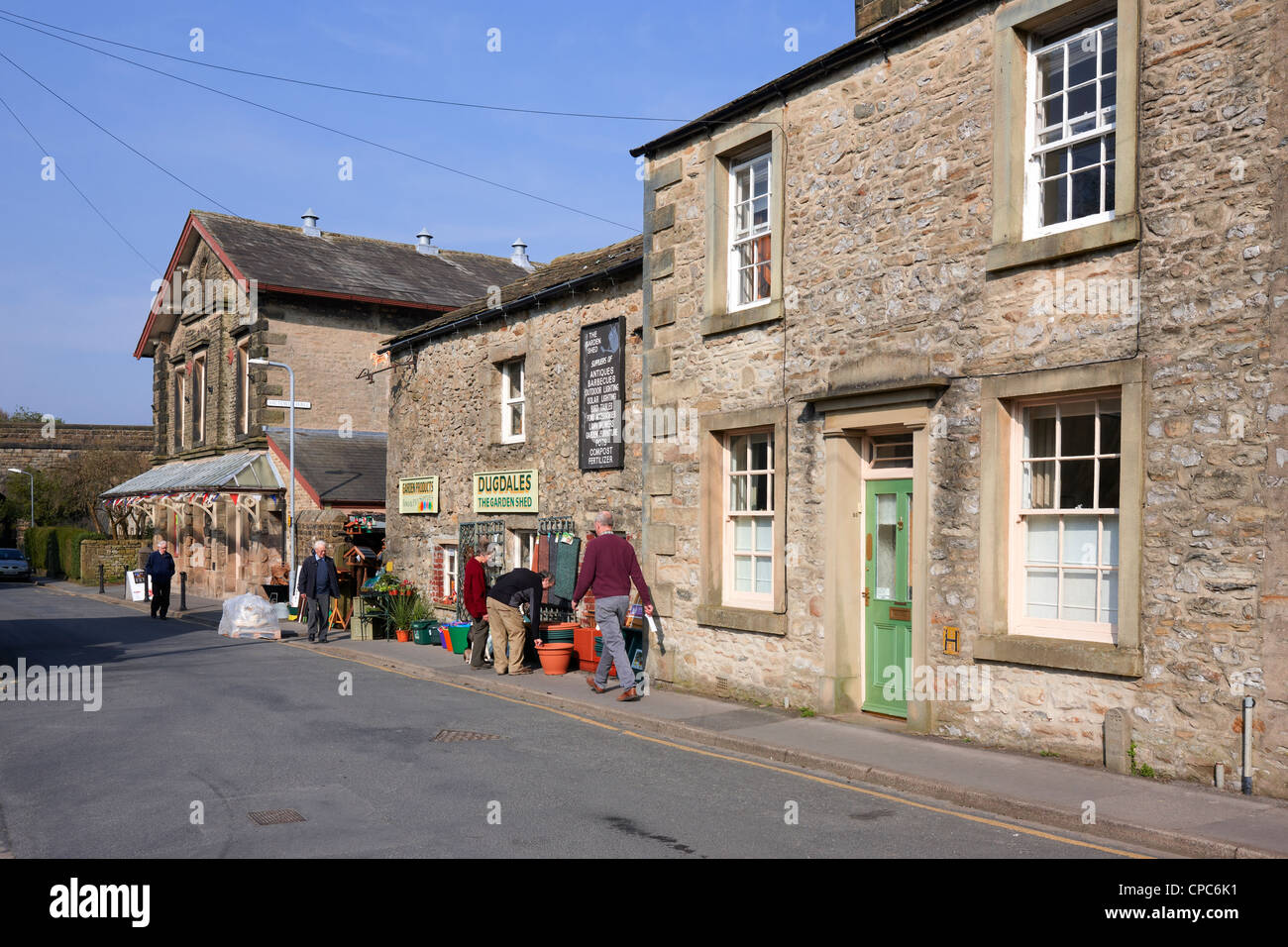 Looking down Kirkgate, Settle, North Yorkshire - Stock Image