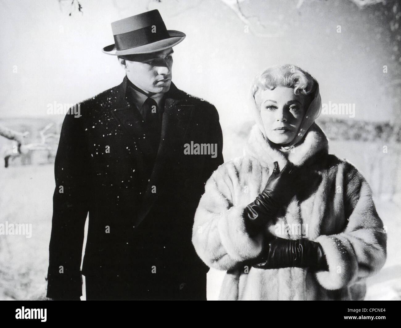 IMITATION OF LIFE 1959 Universal International film with Lana Turner as  Lora and John Gavin as