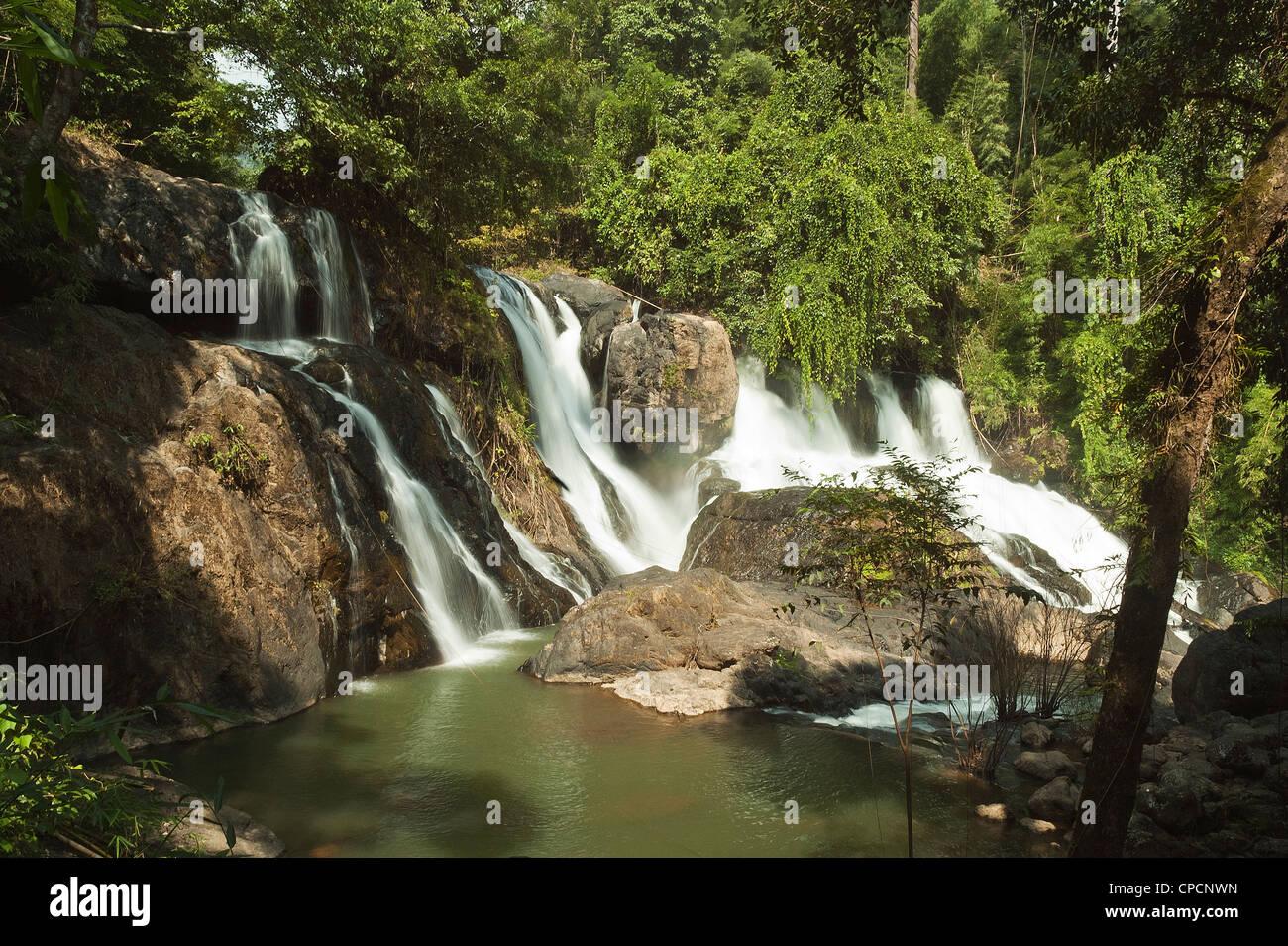 Elk208-3447 Thailand, Mae Hong Son area, Pha Sua Waterfall National Park, waterfall - Stock Image