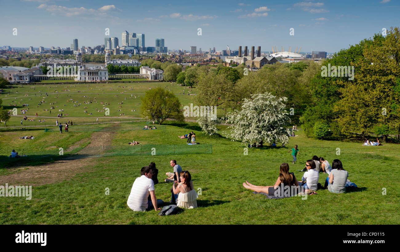 Canary Wharf and Isle of Dogs from Greenwich, London, England, United Kingdom, Europe Stock Photo