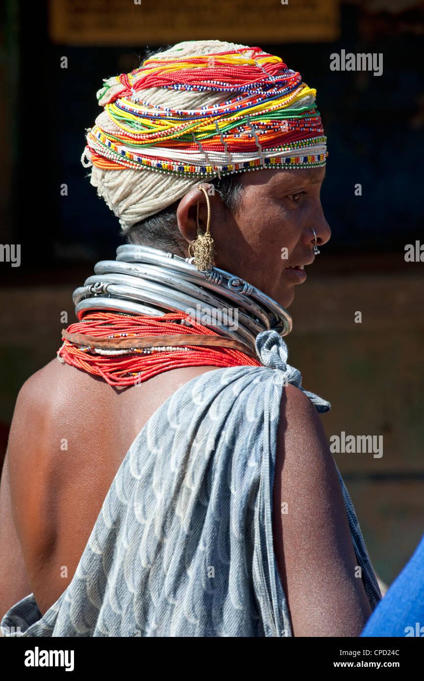 Bonda tribeswoman wearing grey blue cotton shawl, Rayagader, Orissa, India - Stock Image
