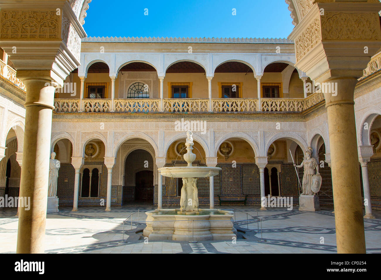 Europe, Spain Andalusia, Sevilla, Patio in Casa de Pilatos - Stock Image