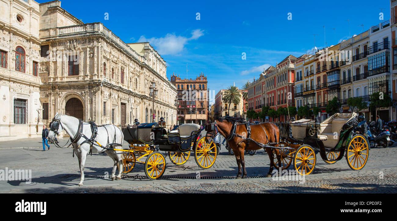 Europe, Spain, Seville, Carriage on Plaza de San Francisco - Stock Image
