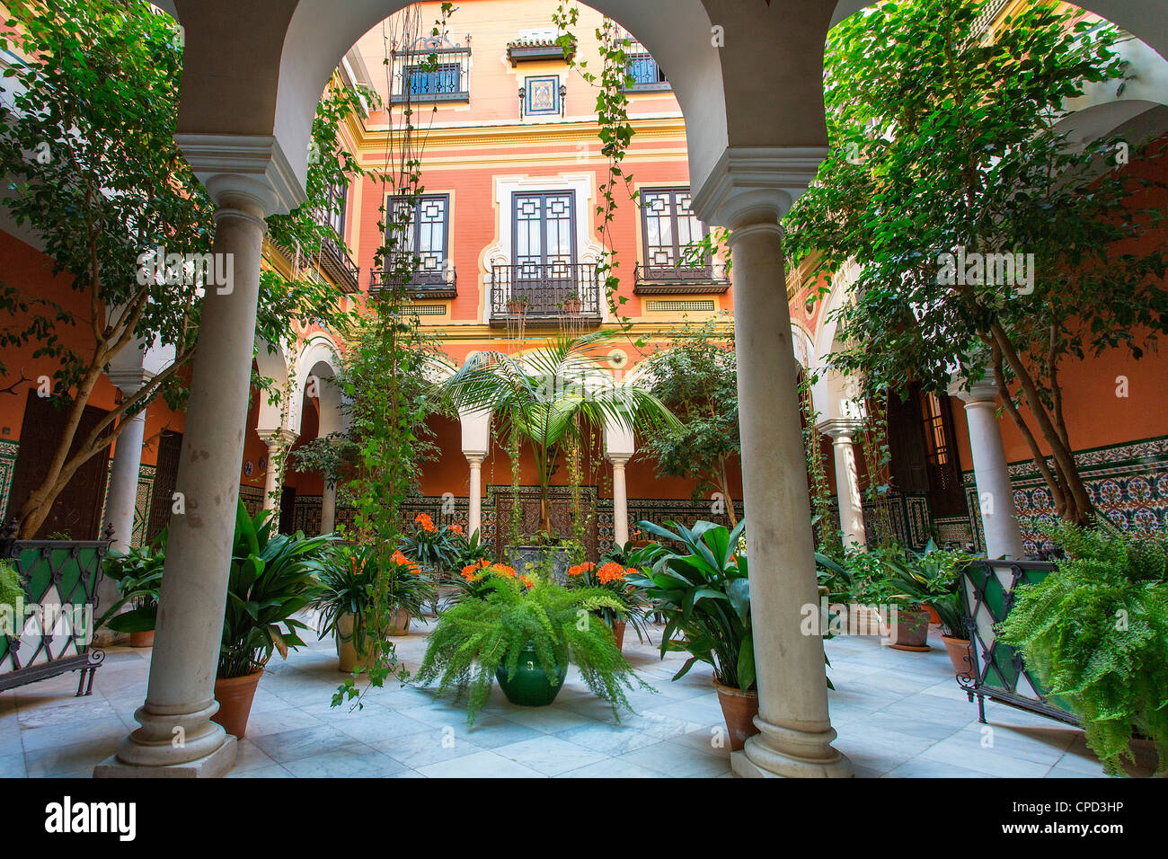 Europe, Spain Andalusia, Seville, Patio in Santa Cruz District - Stock Image