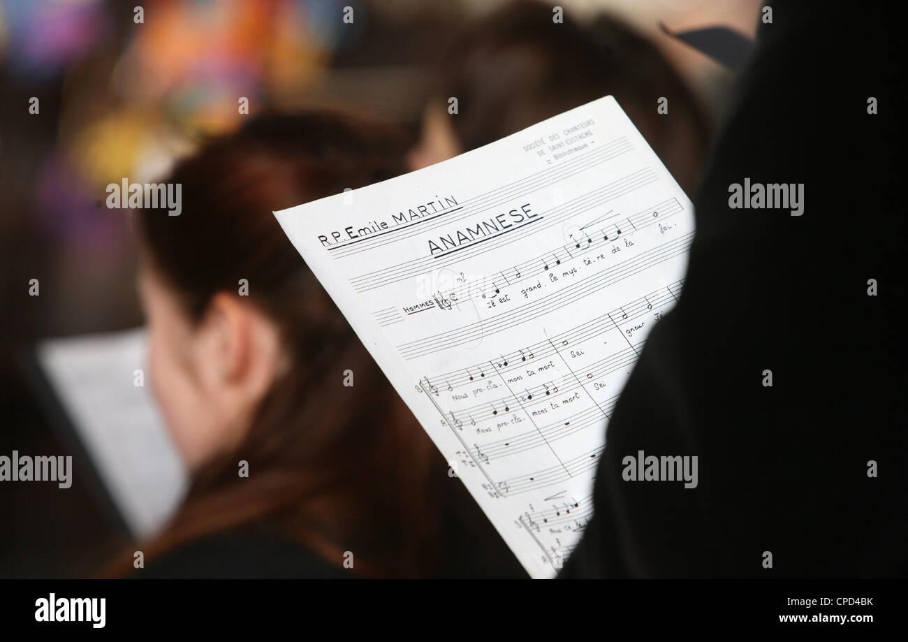Choir in Saint-Eustache church, Paris, France, Europe - Stock Image